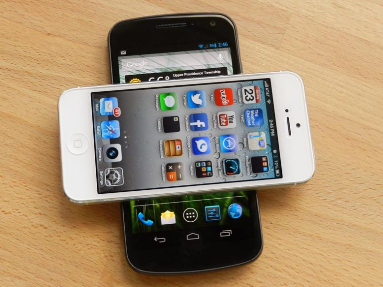 iOS and Android... the two major smartphone OS's